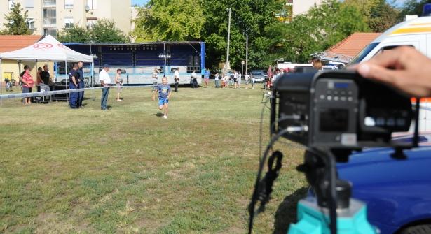 Most nem a gyorshajtókat, hanem a futókat mérték be (klikk a képre) Fotók: Melega Krisztián