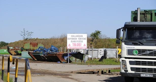 A bezárt, rekultiválásra váró orosházi hulladéklerakó