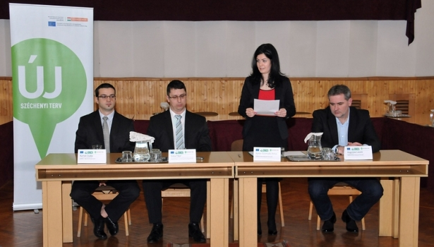 Hutás-Csizmadia Ibolya kiemelte, több mint 10 milliárd forint áll rendelkezésre (Fotó: Rajki Judit)