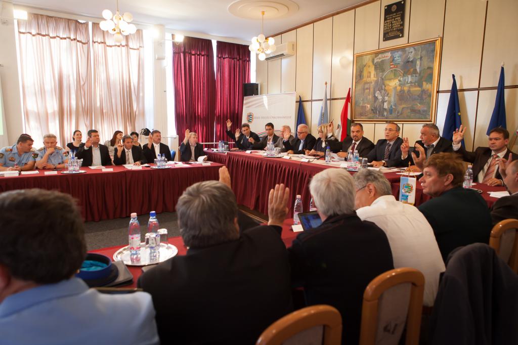 Ülésezik Békés Megye Képviselő-testülete (Fotó: Békés Megyei Önkormányzat / Zentai Péter)