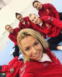 Dorina és a mosolygó csapat (Fotó: Facebook/Böczögő Dorina)