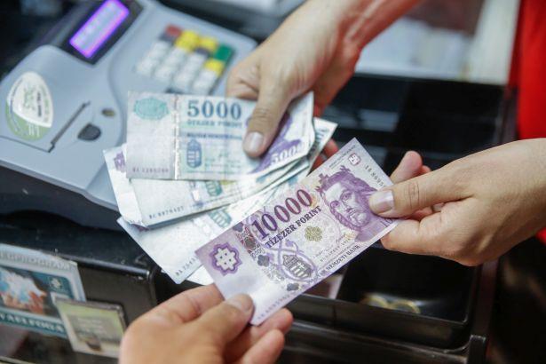 pénzt váltani pénzváltással