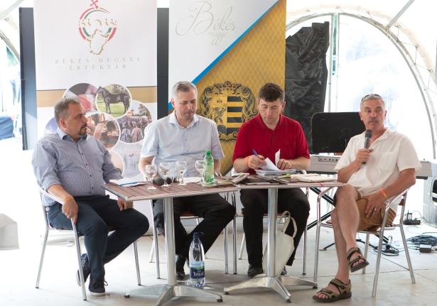 A megyei elnökök jelentették be az alakulást (Fotó: Zentai Péter/Békés Megyei Önkormányzat)