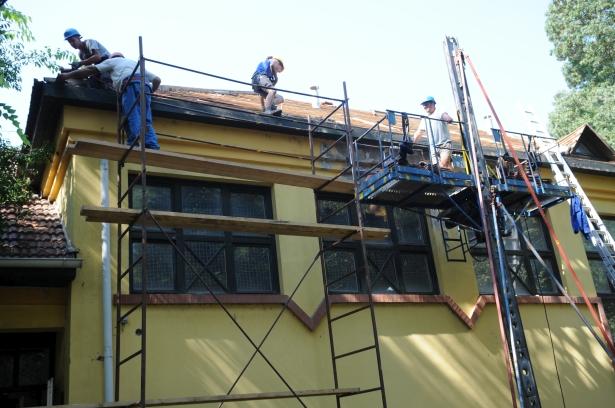 A felújítás megkezdődött, október végére végeznek (Fotó: Kecskeméti Krisztina)