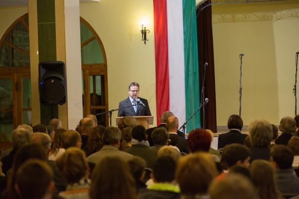 Bojtor István mondta idén a megemlékező beszédet (klikk a képre) Fotó: Rosta Tibor