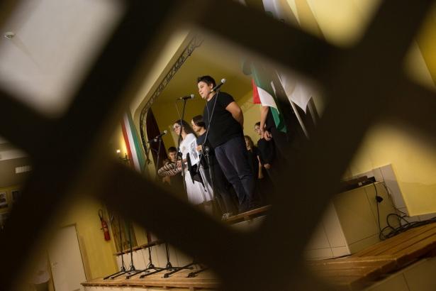 A Vörösmartys diákok műsora (klikk a képre) Fotó: Rosta Tibor