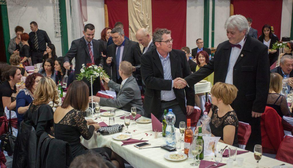 Blahó János igazgató köszönti a vendégeket (klikk a képre) Fotók: Palotás Rajmund
