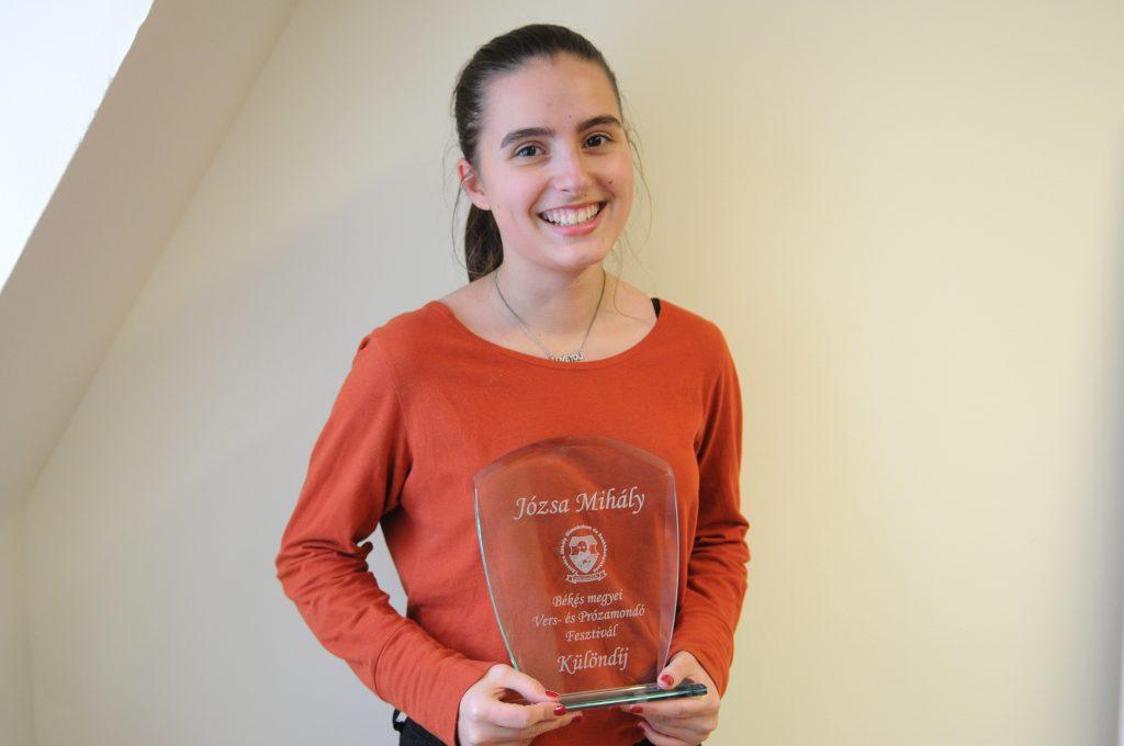Rózsa Judit szavalata különdíjat ért a versenyen (Fotó: Kecskeméti Krisztina)