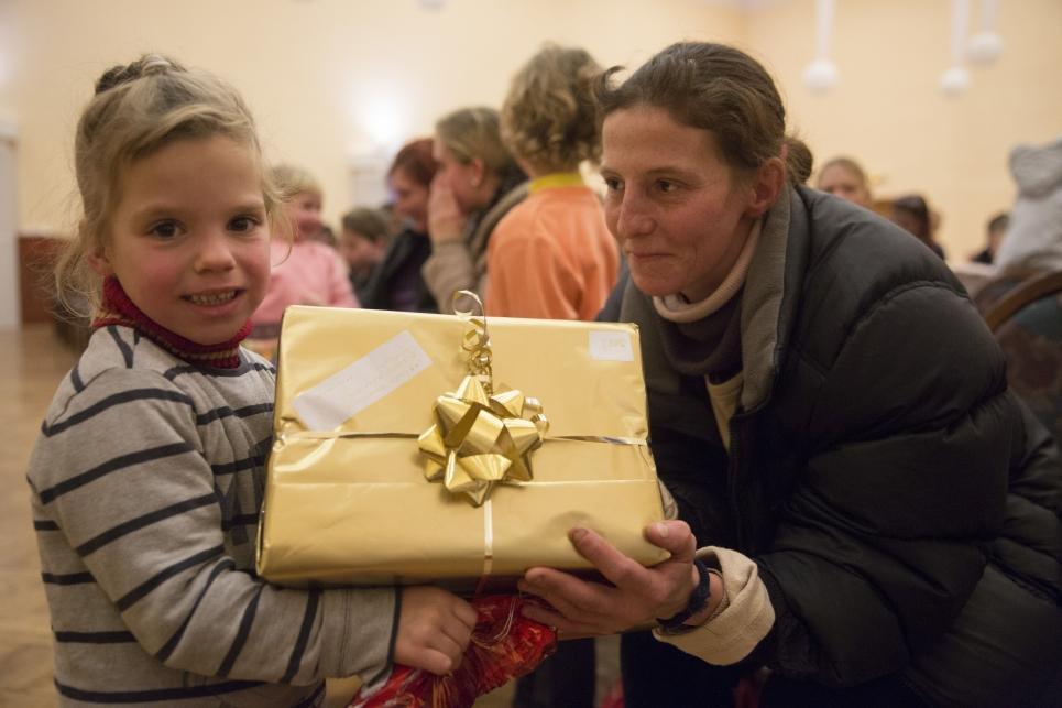 A Jézuska Járat a szülőknek is nagy segítség, hiszen nem tudnák megvenni gyermeküknek az annyira áhított ajándékot