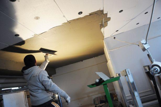 Az épület alászigetelését is elvégzik a korszerűsítés keretében (Fotó: Kecskeméti Krisztina)