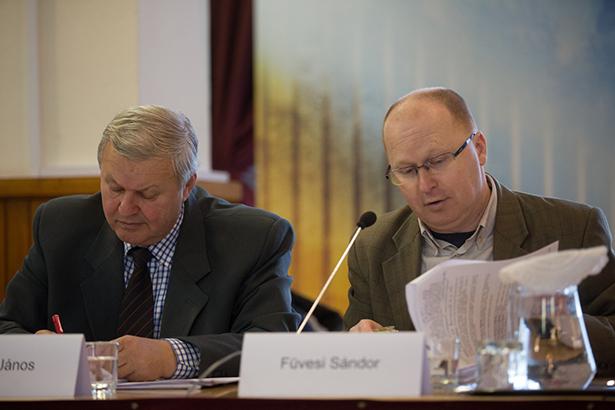 Az MSZP-s képviselő csaknem 30 módosító javaslatot tettek