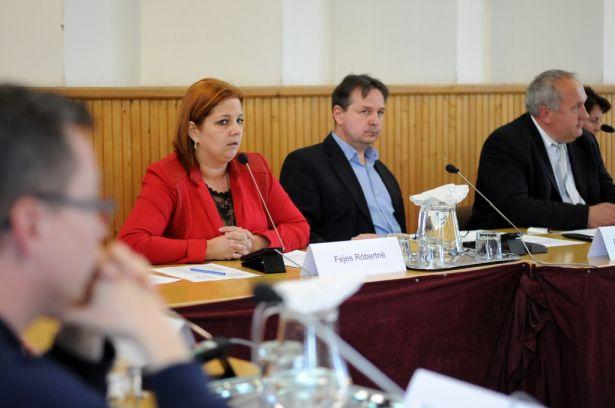 Fejes Róbertné alpolgármester (Fotó: Kecskeméti Krisztina)