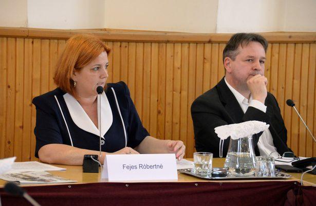 Fejes Róbertné alpogármester és Bojtor István alpolgármester (Fotó: Rajki Judit)