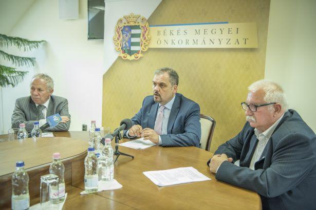 179 nyertes projektet jelentett be Zalai Mihály közgyűlési elnök (Fotó: Domján Róbert)