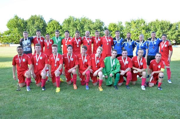 Az OMTK-ULE 1913 ezüstérmes csapata (Fotó: Rajki Judit)