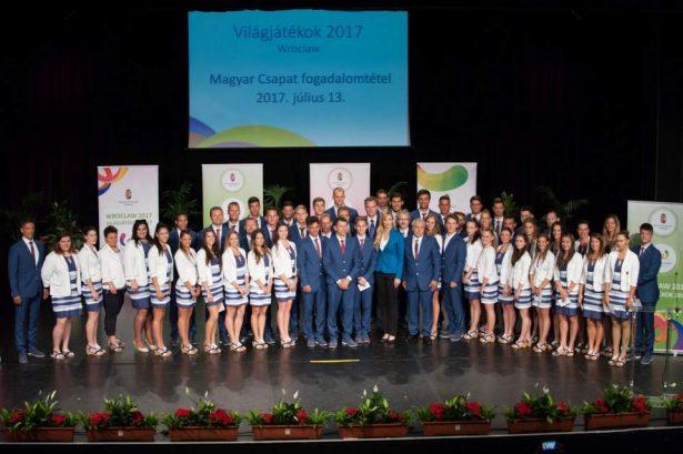 A magyar delegáció (Fotó: Nemzeti Versenysport Szövetség)