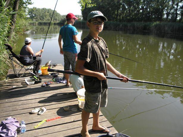 Legtöbb időt persze kedvenc sportjukra, a horgászatra fordítottak a kedvencesek (Fotó: egyesület)