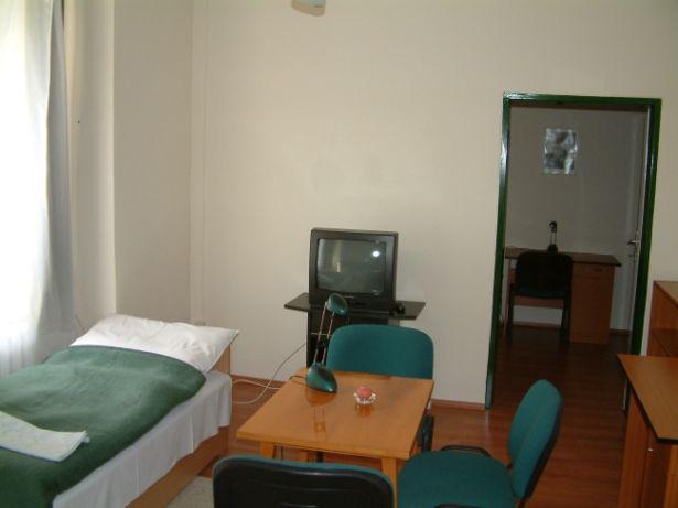 A SZTE Móra Ferenc kollégiuma ilyen szobákkal várja a jelentkezőket (Forrás: mora.u-szeged.hu)