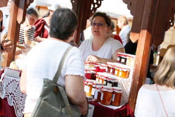 Tavaly is nagy sikeres volt a kézműves termékeknek, így a lekvároknak is (Fotó: Békés Megyei Önkormányzat)