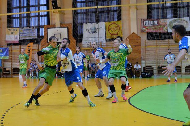 A hazai rendezésű Üveg-Világ Kupán a második helyet szerezte meg a csapat (Fotó: Kecskeméti Krisztina)