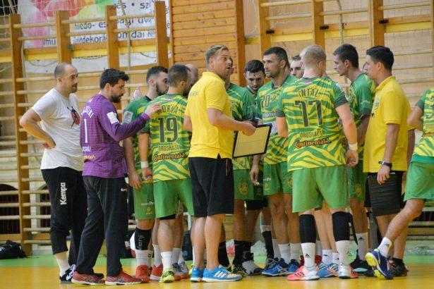 A csapategység erős, a vezetőedző bízik a sikeres bajnoki szereplésben (Fotó: Kecskeméti Krisztina)
