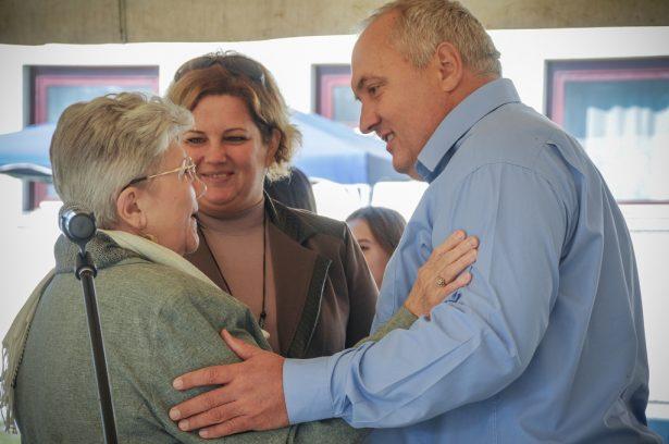A polgármester és az alpolgármester is köszöntötte a kilátogatókat (klikk a képre) Fotó: Kecskeméti Krisztina