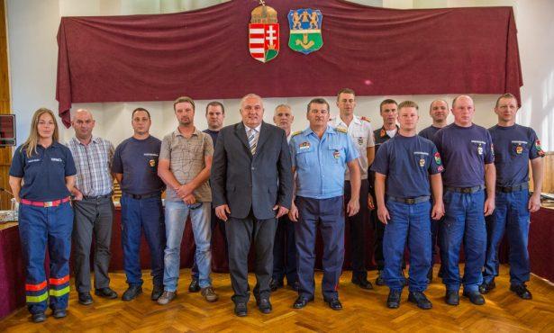 Járt az elismerés a viharkárok felszámolásában kiemelkedően teljesítőknek (Fotó: Rosta Tibor)