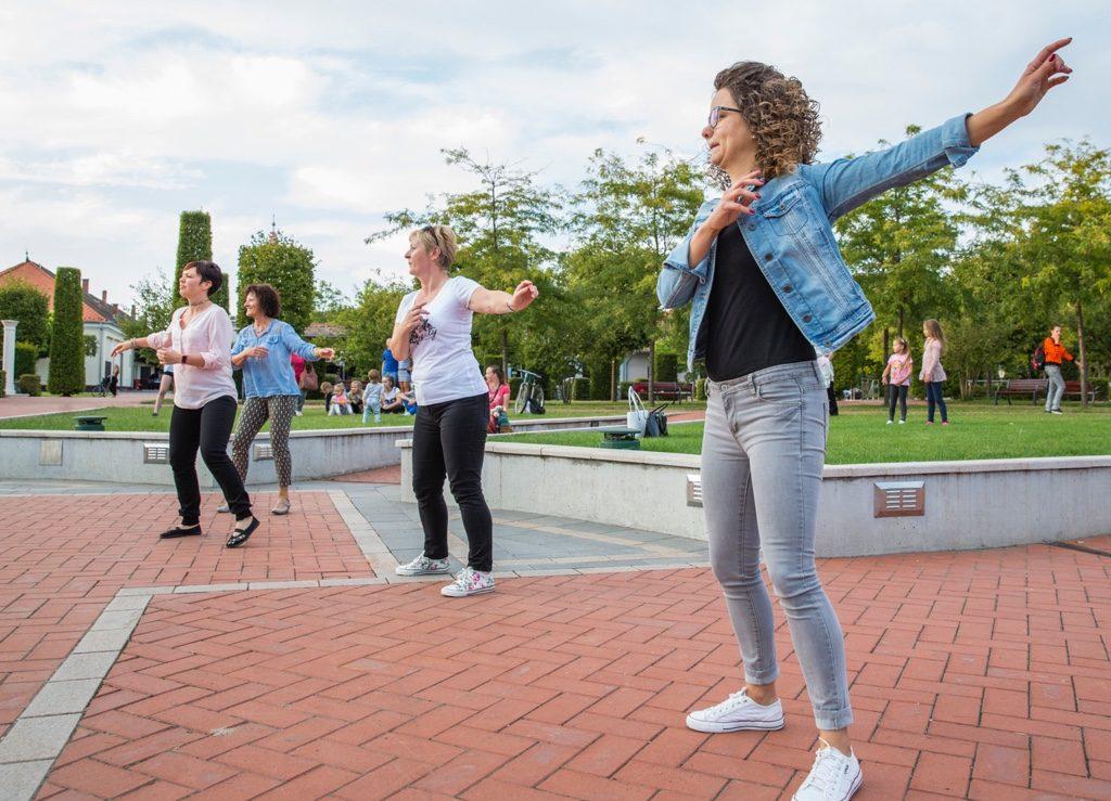 Fontos az közösen mozgás (Fotó: Rosta Tibor)