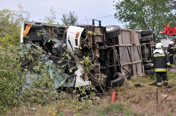 Egyelőre nem tudni még a baleset okát (klikk a képre) Fotó: Rajki Judit