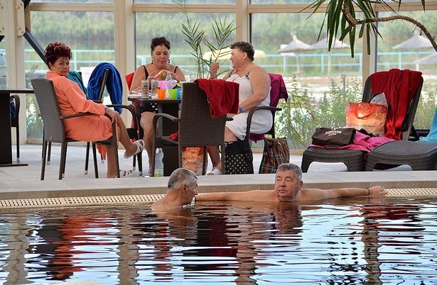 A medencefürdő is népszerű volt (Fotó: Rajki Judit)