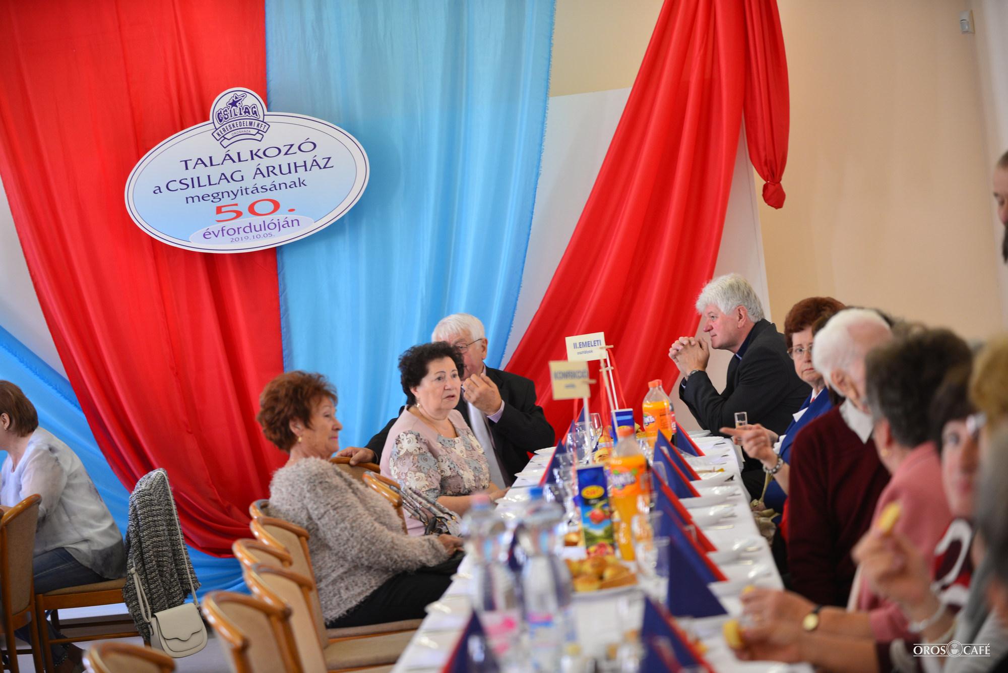 50 éves találkozó helyén társkereső szolgáltatás bevezetése